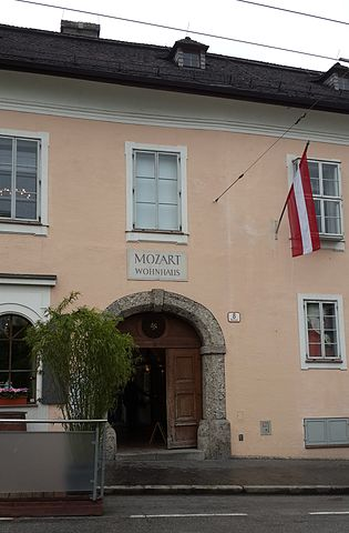 mozarts_old_home