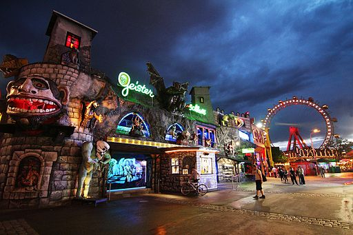 amusement_park_by_night