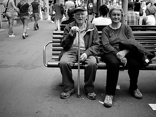 Physical_Aging,_image_of_elderly_couple