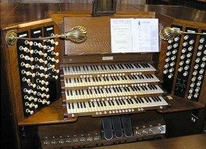 Pipe.organ.console.arp