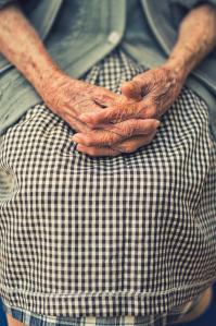 hands-elderly