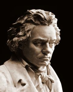 Beethoven_bust_statue_by_Hagen-crop