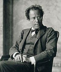 201px-Photo_of_Gustav_Mahler_by_Moritz_Nähr_01